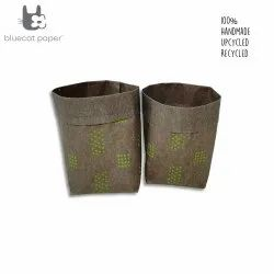 Linen stitch paper sacks - parrot green square and round dots print (set of 2)