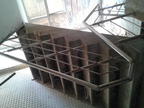 304 Stainless Steel 18 Gauge Stairs Railing Rs 550 Ft Al Design N Design Hub Id 20267106988
