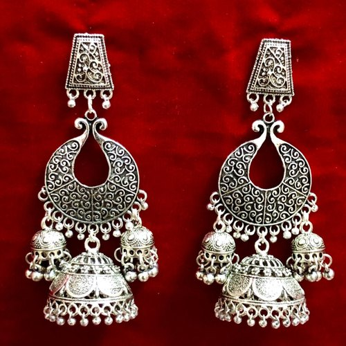 Artificial Stud Silver Plated Earrings, Packaging Type: Box