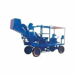 Four Leg Concrete Mobile Lift Machine With Hopper