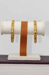 HR Sales Casual Wear Mango Pattern Gold Plated Bangles for Women (HR-714)