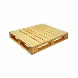 Rectangular 4 Way Wooden Pallet