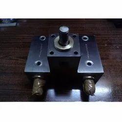DMT Custom Hydraulic Cylinder