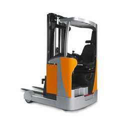 Reach Truck Rental Services, Application/Usage: Commercial
