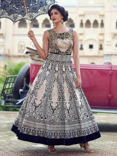 New Designer Digital Printed Wedding Wear Gown at Rs 3000 /piece ...