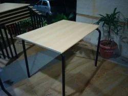 Pridiyos Ms Canteen Table, Seating Capacity: 4