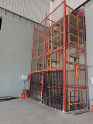 Warehouse Goods Lift