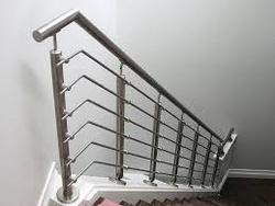 Glossy And Matte Stainless Steel Staircase Railing