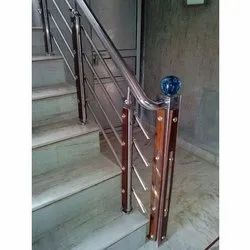 Stainless Steel Wooden Baluster Railing