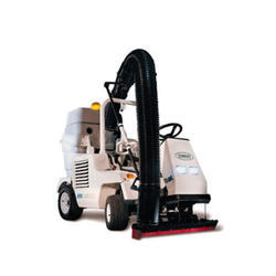 Tennant Mid Size Rider Sweepers