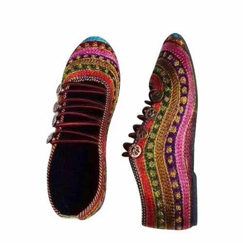 c4f57f7d7d04 Ladies Designer Shoes