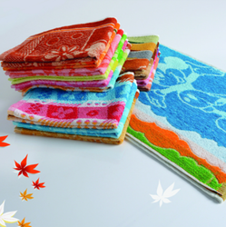 Multicolor Printed Lily Towels Fancy, Size: 2448 And 2754
