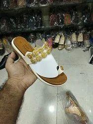Ladies Fancy Slippers, Size: 7/11