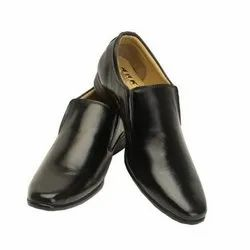 Black Formal Office Leather Shoes, Packaging Type: Box