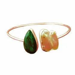 Handmade Biwa Pearl And Emerald Gold Plated Bezel Set Cuff Design Bangles