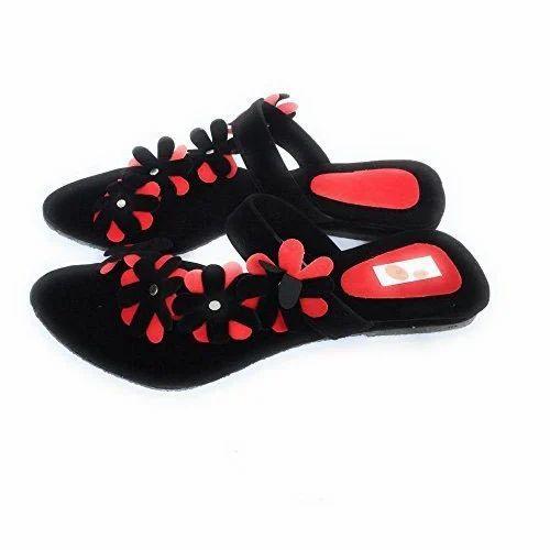 39d84d28cfb91c Celocity Black And Red Girls Designer Sandal