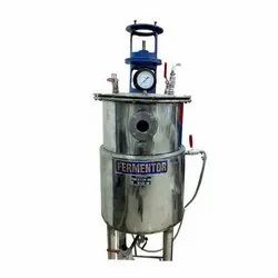 Cylindrical Stainless Steel Fermenter
