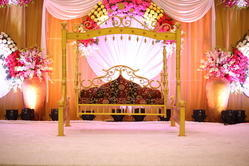 Theme Wedding Stage And Gate Decoration Services