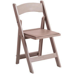 Standard Wooden Folding Chair