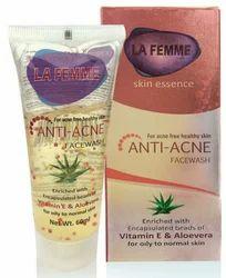 La Femme anti acne face wash