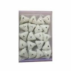 Triangle Shape Frozen Dimsum, Packaging Type: Plastic Container