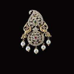 Diamond Pendant, Weight: 25.000 Grams, Packaging Type: Box