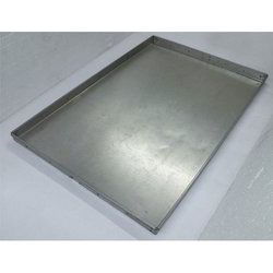 Fabricated Baking Tray with Wire