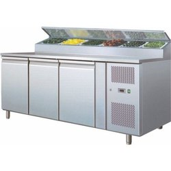 Celfrost 3 Door SS Undercounter Refrigerator, For Restaurant