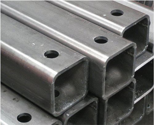 Aluminium Slotted Rack Pipe Cutting Services, Thickness: 16mm