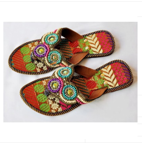 Women Pakistani Leather Chappal