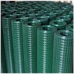 GI Welded Wire Mesh, Packaging Type: Roll