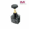 Precision Pressure Regulators 11-818-100