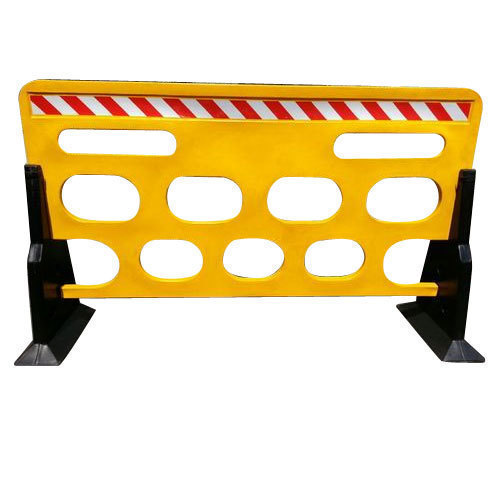 heavy-duty-plastic-barrier-500x500.jpg (500×500)