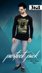 Mens V-neck printed T-shirt