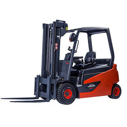 Linde 2.5 - 3.5 Ton Electric Counterbalance Forklift