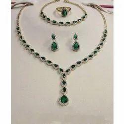 Green Gemstone Diamond Necklace Set