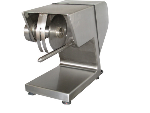 Portioning Machine B1, 500 Birds per day, 0.5 hp, Storm Engineering India  Private Limited | ID: 6361170855