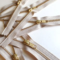 No.15 Plastic Zippers