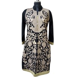 Ladies Stand Collar Full Sleeve Woolen Kurti