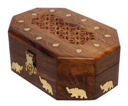 Round Brown Crafts'man Regal Hand Carved Jewelry Box Organizer