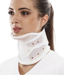 Cervical Collar Hard With Chin