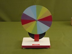 CPR-611 Newton Color Disk