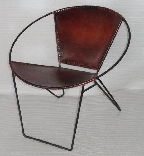 BOTHRA Iron Leather Bucket Chair