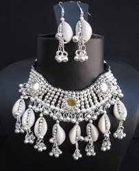 Fashion Bollywood Gothic Bridal Look Necklace Set