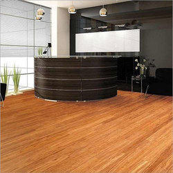Laminated Wooden False Flooring for Office, Thickness: 8mm