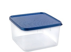 Plastic Square Container 2400 ml