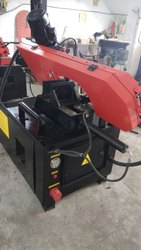 Semi automatic horizontal bandsaw HBS 220