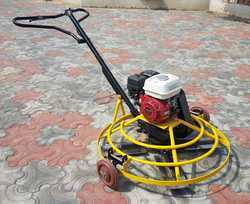 Power trowel with petrol engine