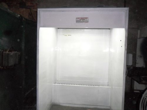 Liquid Painting Booth