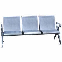 7448 3 seater sofa